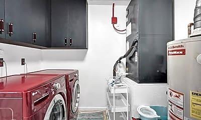Kitchen, 702 St Albans Dr, 2