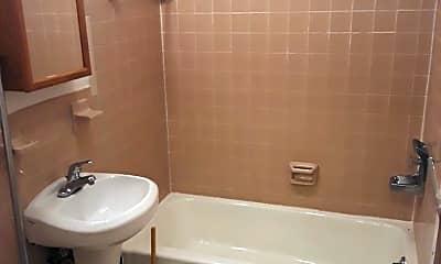 Bathroom, 57 Varga Rd, 1