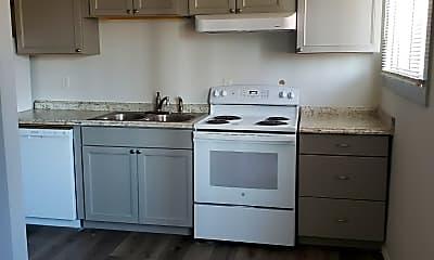 Kitchen, 312 Shoshone St E, 0