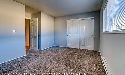 Living Room, 17025 SE Powell, 0