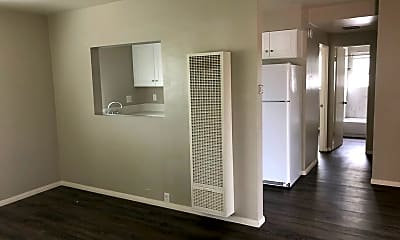 Living Room, 3020 Macaulay St, 2