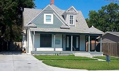 Building, 321 S Osage St, 1