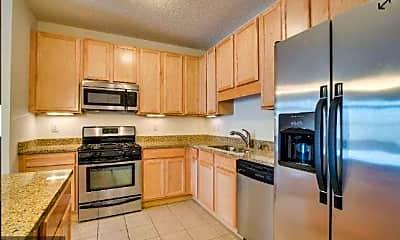 Kitchen, 619 SE 8th St 210, 0