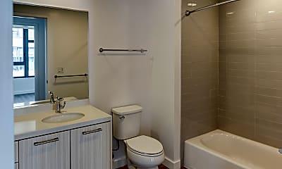 Bathroom, 923 Folsom, 2