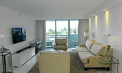 Living Room, 1500 Bay Rd 480S, 0