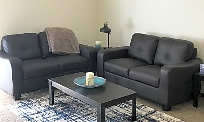 Living Room, 4426-4606 Ashworth Drive, 2