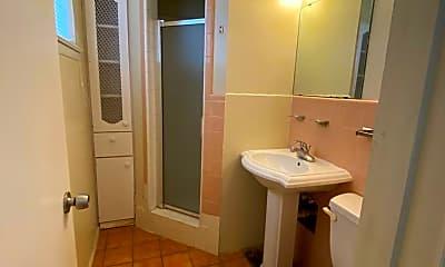 Bathroom, 4804 Thomason Dr, 1