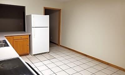 Kitchen, 627 N Morton St, 1
