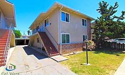 Building, 914 Delbert Way, 1