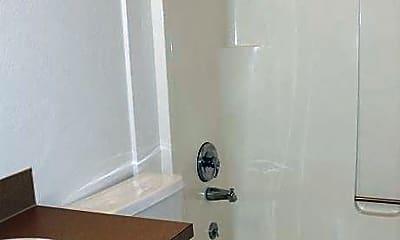 Bathroom, 1500 Lincoln St, 2