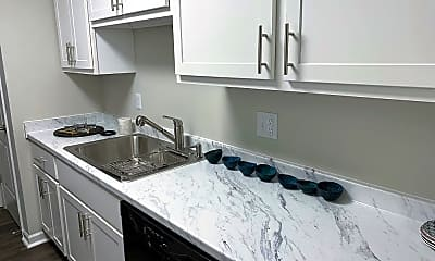 Kitchen, Ashford Meridian Hills, 1