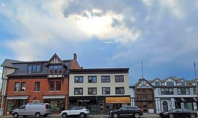 Building, 12 West Putnam Avenue 3W, 2
