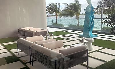 Patio / Deck, 3131 NE Miami Pl, 2