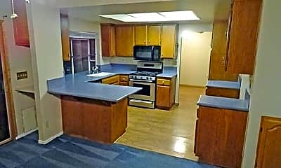 Kitchen, 1441 Edelweiss Ave, 1
