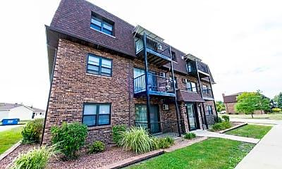 Building, 21746 Jeffrey Ave, 1