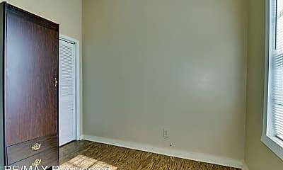 Bedroom, 537 Watkins St, 2