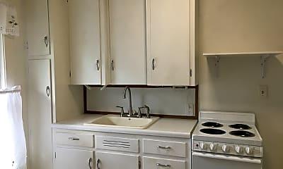 Kitchen, 822 1/2 Summer St, 1