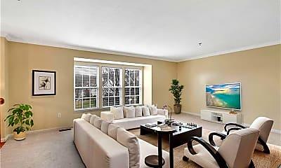 Living Room, 2010 Overlook Ct, 1