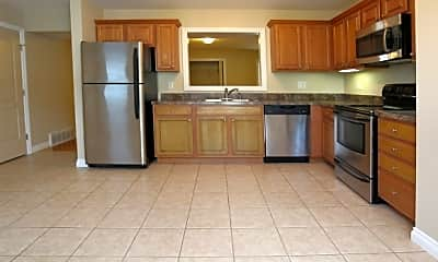 Kitchen, 105 Pheasants Run, 1