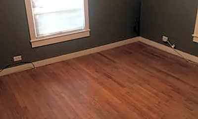Bedroom, 5074 US-167, 1