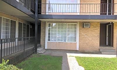 Pierre Apartments, 2