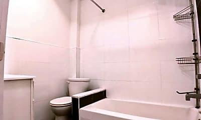 Bathroom, 424 E 117th St, 2