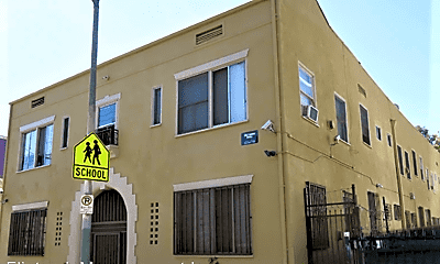 Building, 1216 W Court St, 1