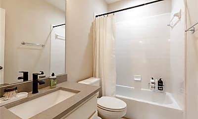 Bathroom, 2619 Colby St A, 2