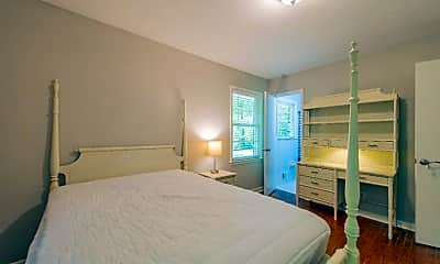 Bedroom, Room for Rent -  a 5 minute walk to bus 30, 2