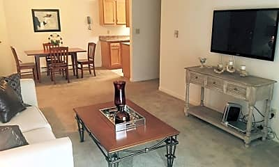 Living Room, 1833 Seven Pines Rd, 0