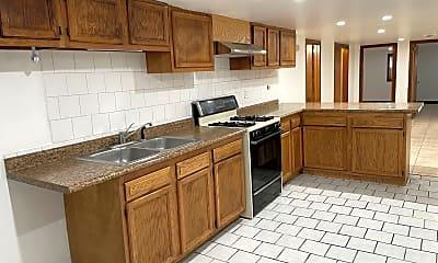 Kitchen, 1649 W 35th St, 1