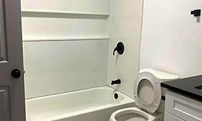 Bathroom, 224 E Lake Ave 226, 2
