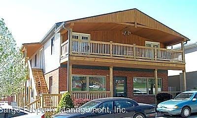Building, 627 N Morton St, 0