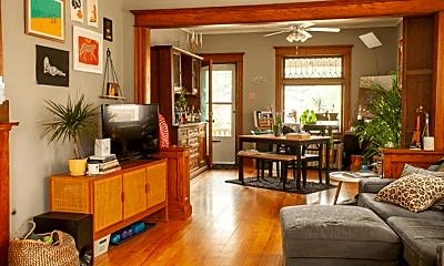 Living Room, 507 W 33rd St, 2