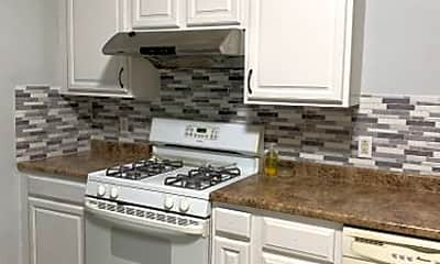 Kitchen, 123 4th St, 1