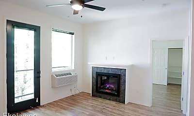 Living Room, 1415 SW Columbia St, 1