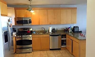 Kitchen, 7004 Boulevard E 27B, 1