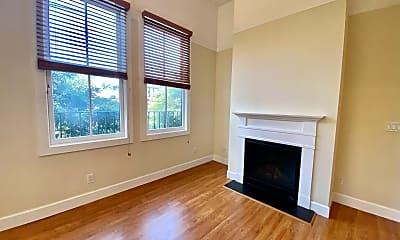 Living Room, 2505 Bush St, 1