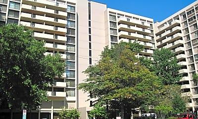 Building, 4141 N Henderson Rd 609, 0