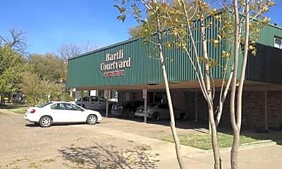 Bartli Courtyard, 0