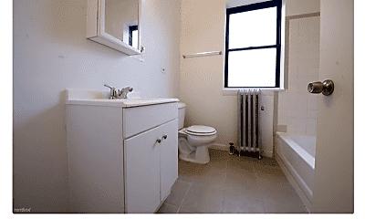 Bathroom, 5130 S King Dr, 2