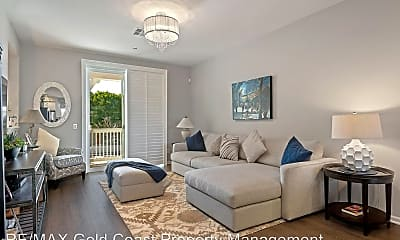 Living Room, 3661 W Hemlock St, 1