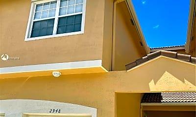 Building, 2948 Crestwood Terrace 8102, 1