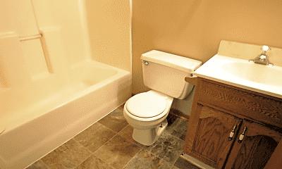 Bathroom, 309 Plum St, 2