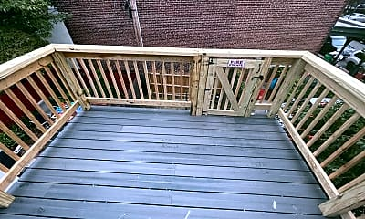 Patio / Deck, 440 Chambers Ave, 2