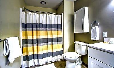 Bathroom, Midtown Towers, 2