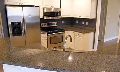 Kitchen, 415 Putnam Dr, 2