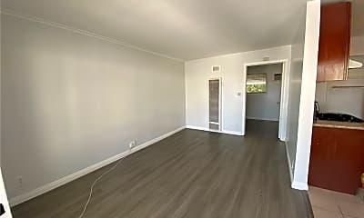 Living Room, 149 S Sierra Madre Blvd 4, 1