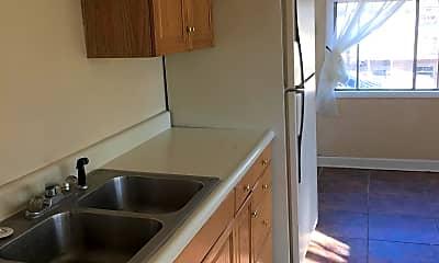 Kitchen, 1220 1/2 6th St, 2