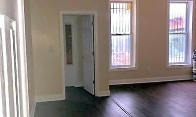 Living Room, 618 N Hilton St, 1